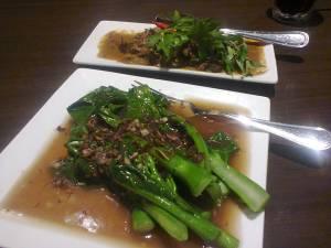 kailan and beef rendang